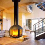 Chauffage bois, foyer fermé 360° avec conduit apparent et suspendu FOCUS Agora - Atraconfort