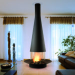 Cheminée design au centre du living vitre 360 FOCUS Filio - Atraconfort